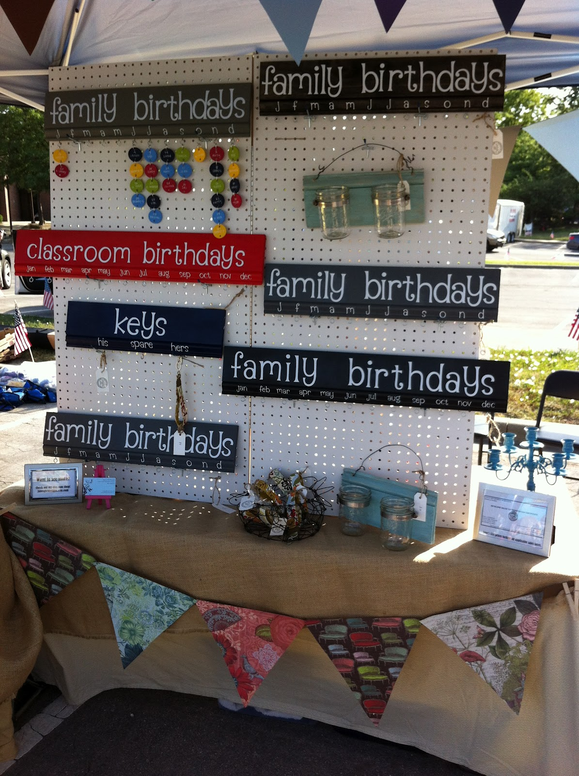 Jane 39 s girl designs my first craft fair my dos don 39 ts for How to display wood signs at craft show
