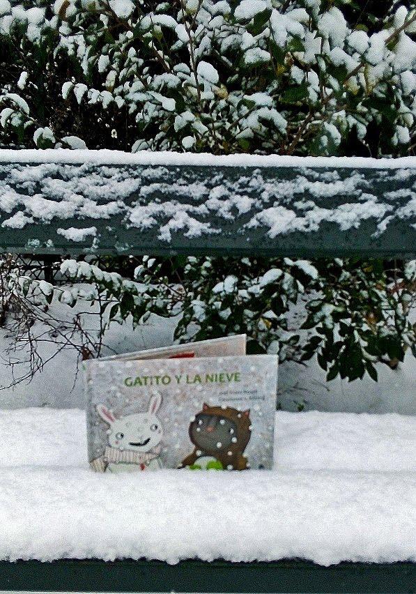 Ha nevado: el momento es ideal para leer GATITO Y LA NIEVE