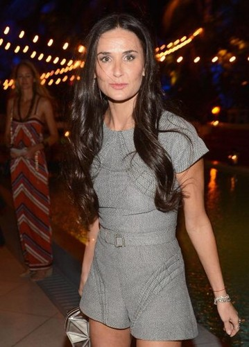 demi moore dating now