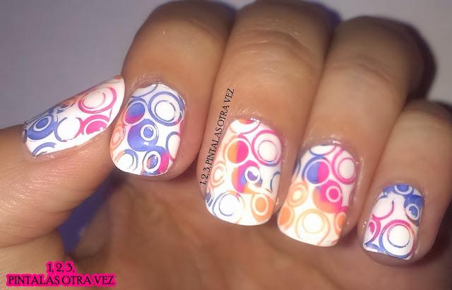 http://quiendijoesmaltes.blogspot.com.es/2013/10/reto-de-los-colores-blanco.html