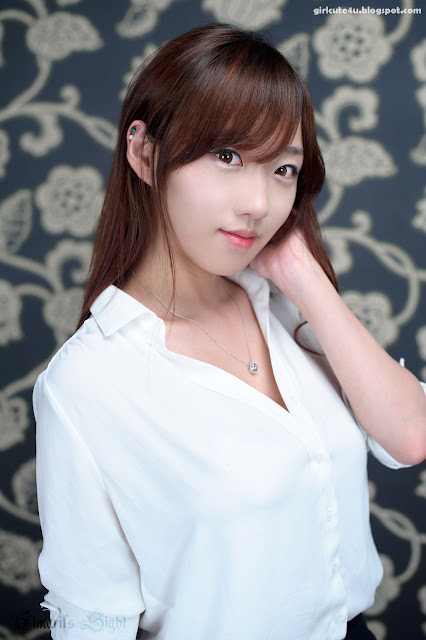 2 So Yeon Yang-Going to Office-very cute asian girl-girlcute4u.blogspot.com