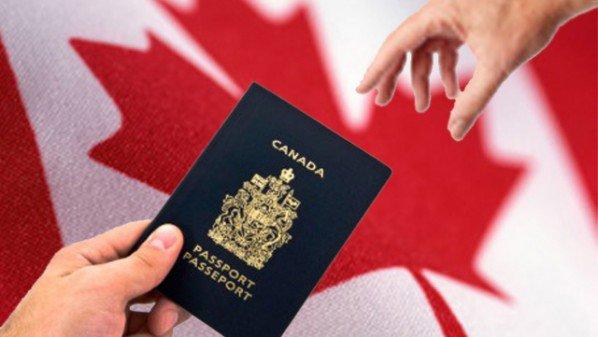 كندا تطلق نظاما جديدا لتسهيل الهجرة إليها للباحثين عن عمل جواز+السفر+
