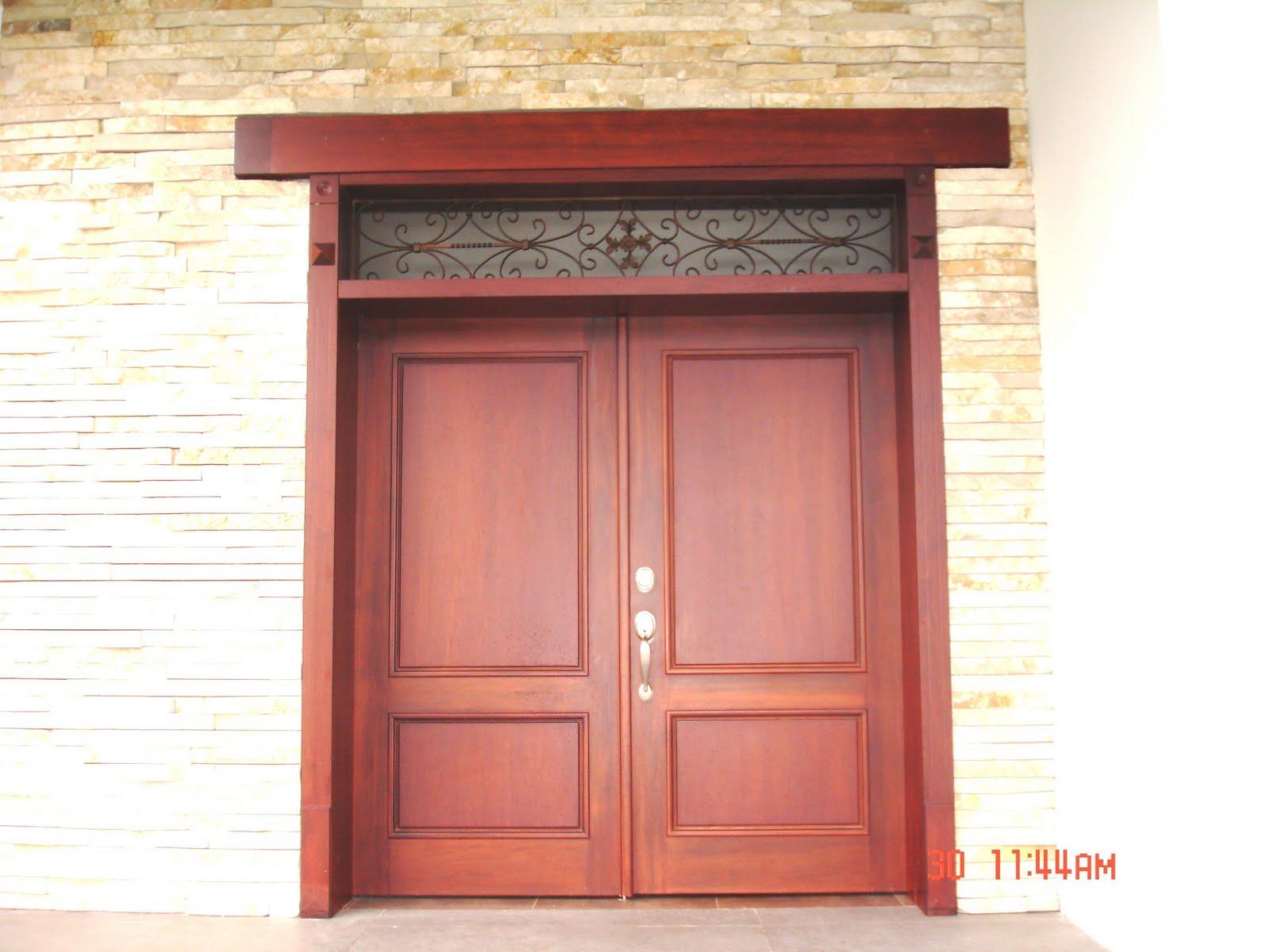 Ideatumobiliario puertas interiores y exteriores para su for Puertas exteriores modernas para casas