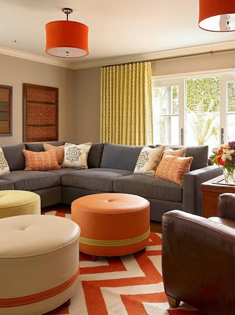 Ruang keluarga Dengan Sentuhan Warna Orange 3