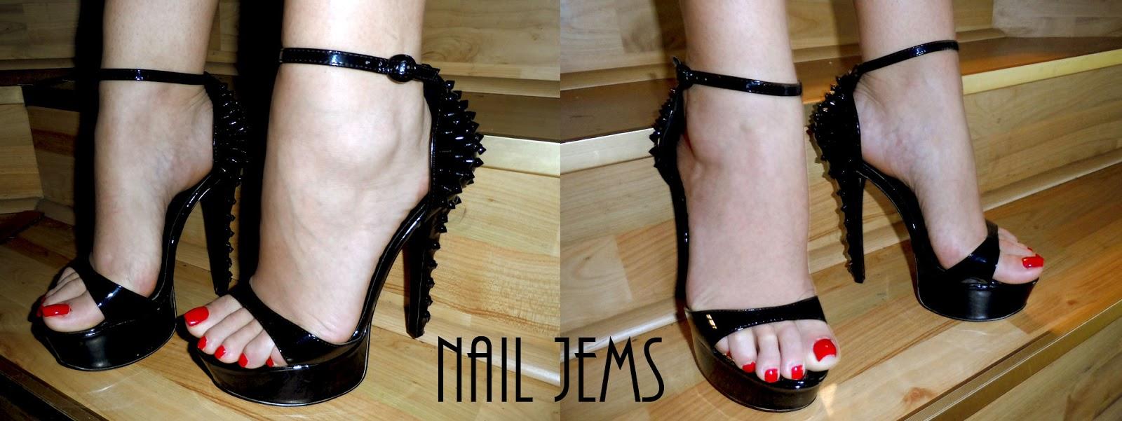 Nail Jems: Vampy Shoes Need Vampy Nails!