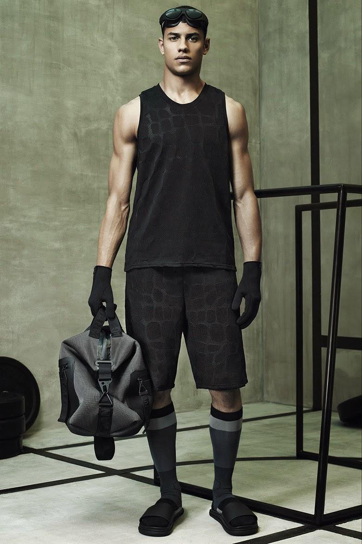 Collection Hommes Alexander Wang x H&M 2014 neoprene sportswear fashion débardeur bermuda tissu écailles