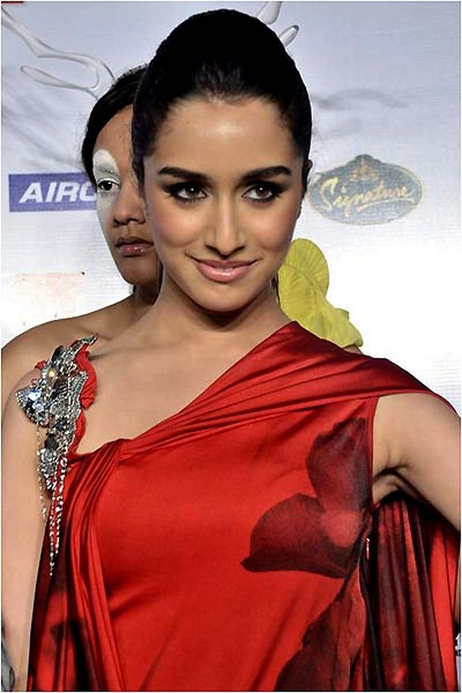 shraddha kapoor hot photos | pics | wallpapers | web pedia