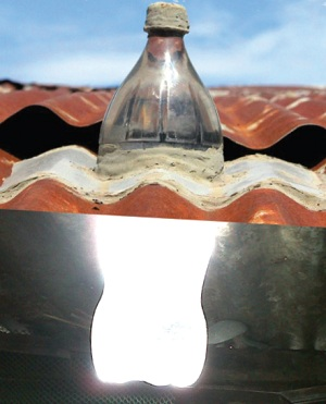 lampu-tenaga-surya-botol-plastik.jpg