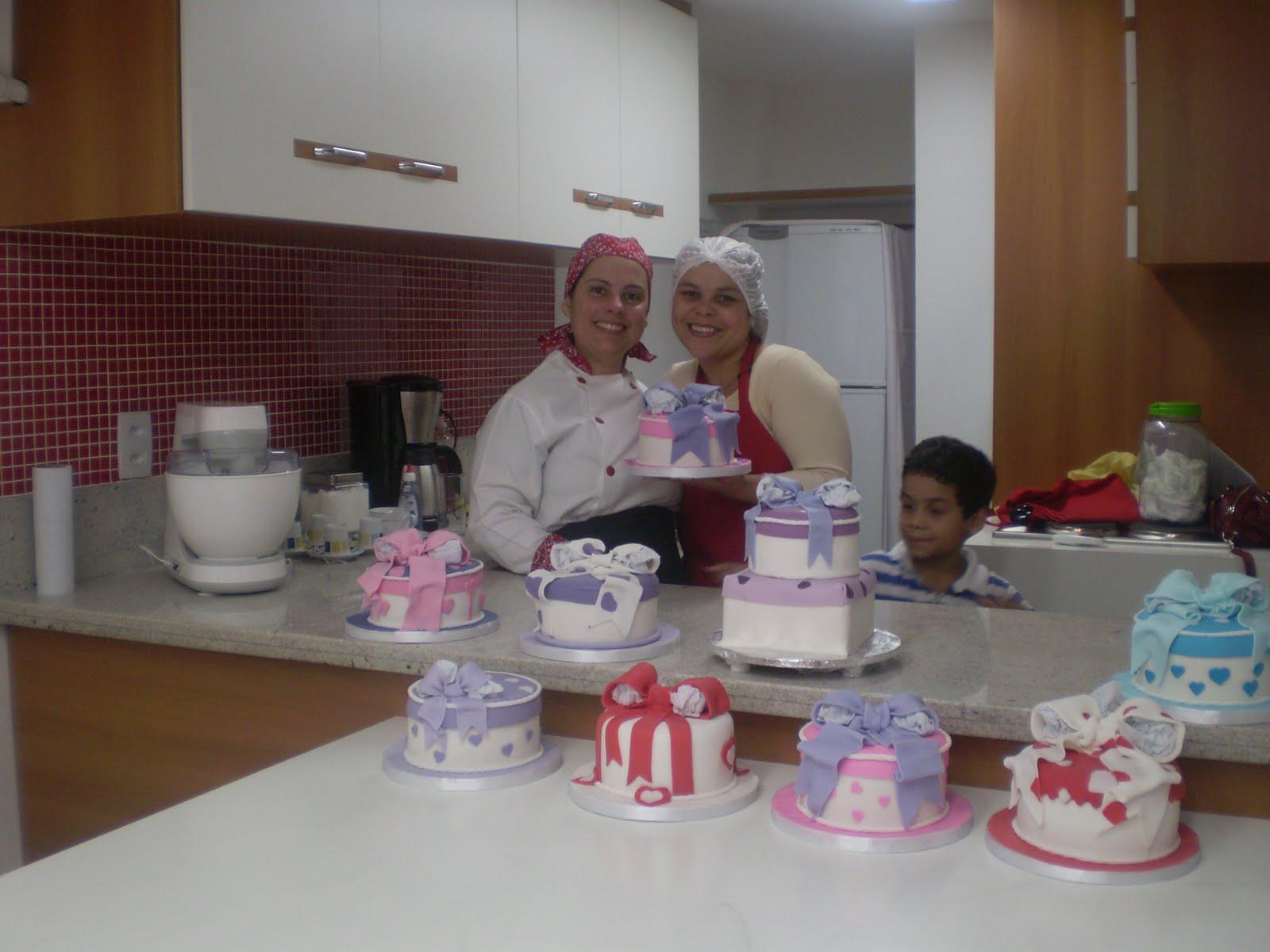 Curso De Cake Design Viseu : Joelma Demuner - Bolos Decorados: MINI BOLOS