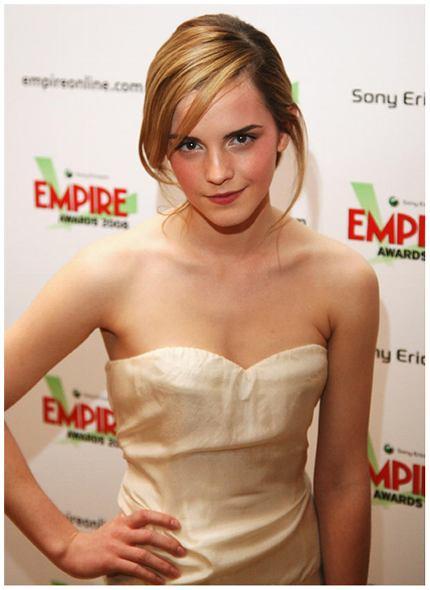 emma watson 2011 hot. Emma Watson Wallpapers 2011