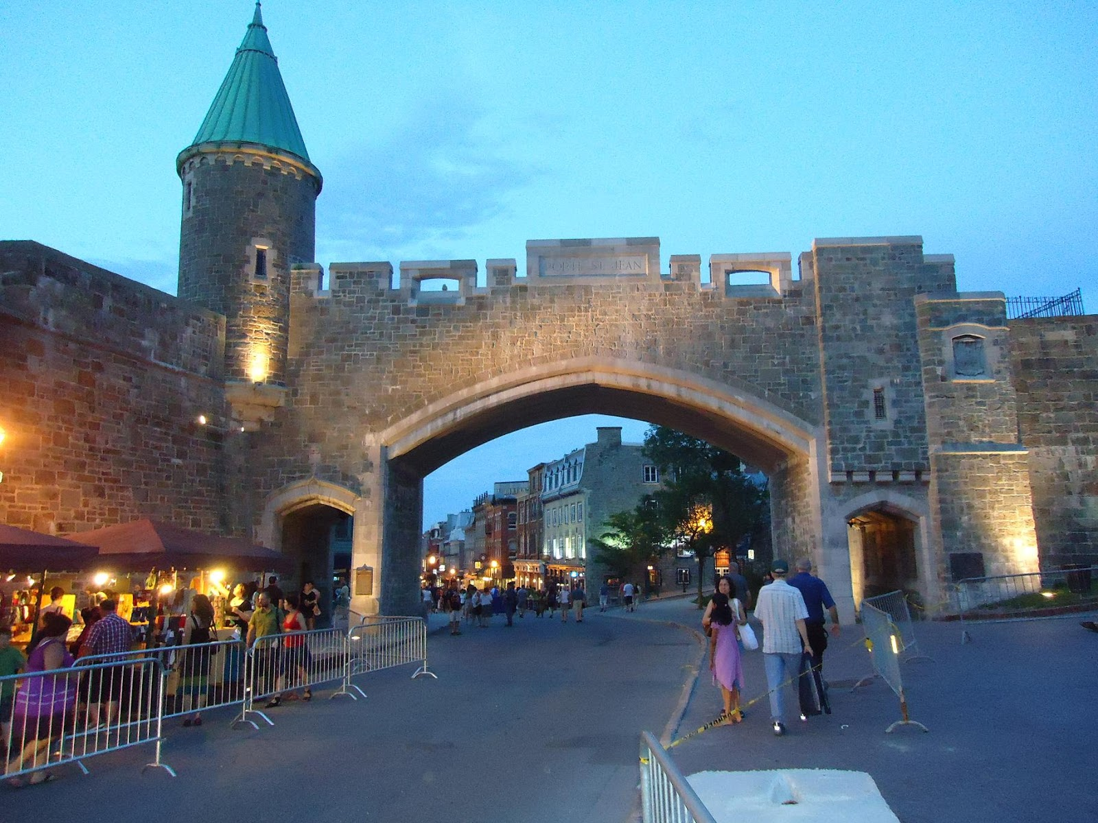 Road to canada for Chambre chateau frontenac