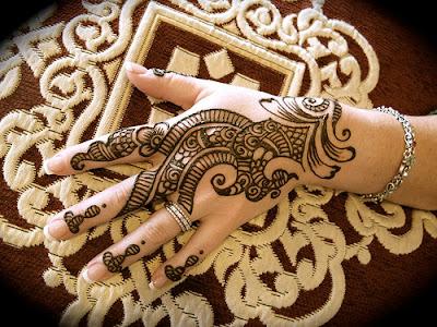 Arabic Mehndi Designs For Hand : Arabic mehndi designs for hands
