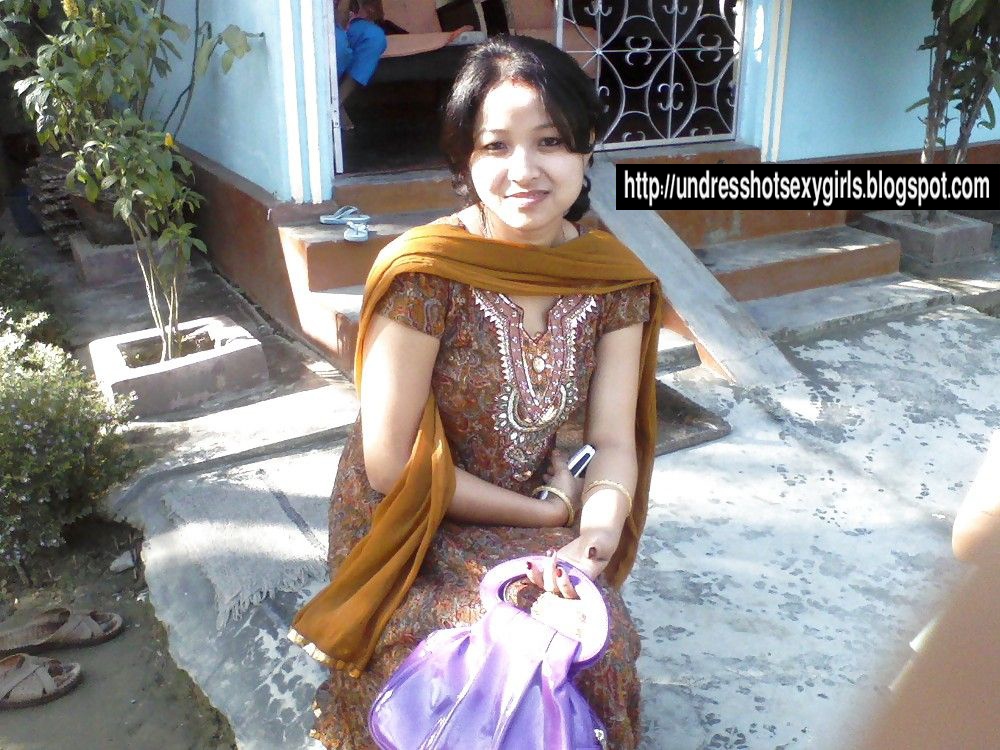 nude picture for bangladeshi young girl