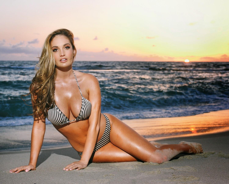 Ashlynn Coray Nude Photos 66