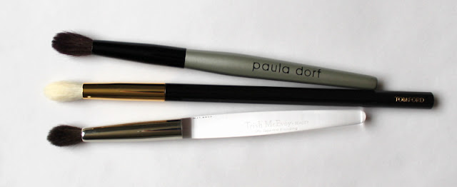 Paula Dorf Perfect Sheer Crease Brush,  Trish McEvoy #29 Tapered Blending Brush, Tom Ford 13 Eye Shadow Blend Brush comparison