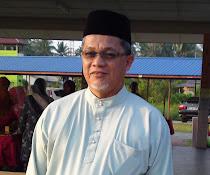 Pengetua SMK.Kemumin : En. Abdul Halim Bin Zakaria