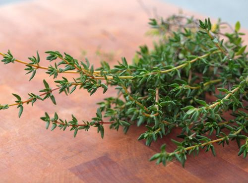 how to cook with fresh thyme sprigs