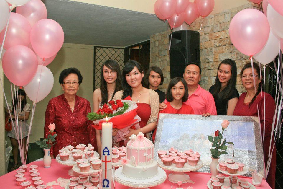 Mom And Daughter Cakes Josephines 21st Birthday Cake