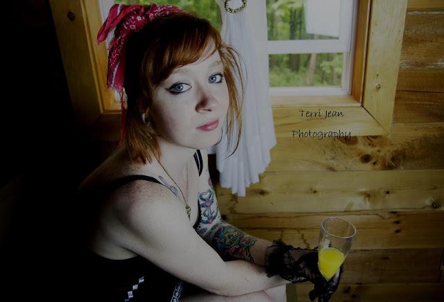 Eye Candy, pin up, pinup, Ohio, Ohio photography, Athens Ohio, boudoir, boudior, terry jean, terri athens