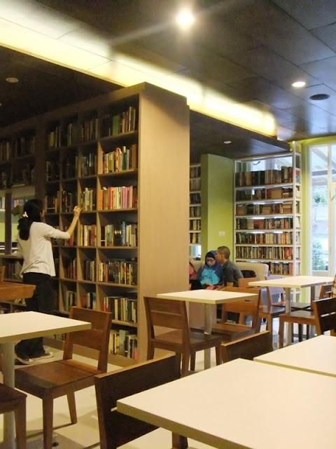 Reading Room - Perpustakaan Tersembunyi