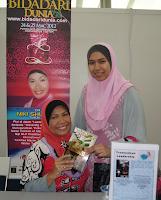 Dr. Niki Shuhada