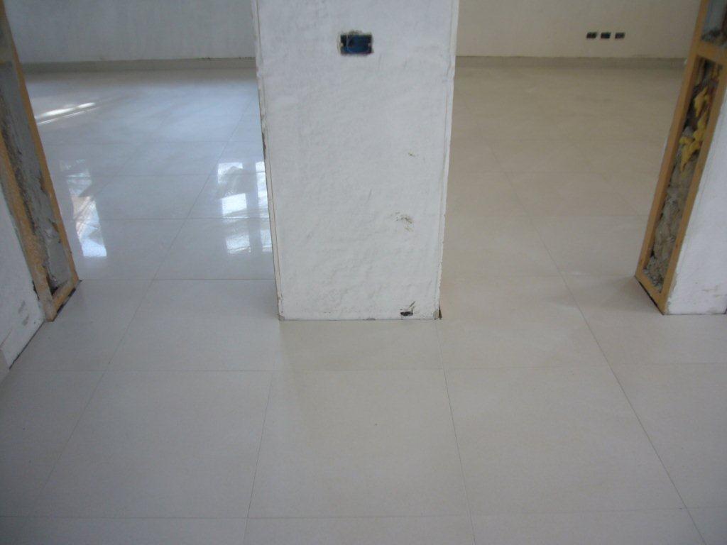 Gres rettificato gabbatore mattia - Stuccare piastrelle bagno ...