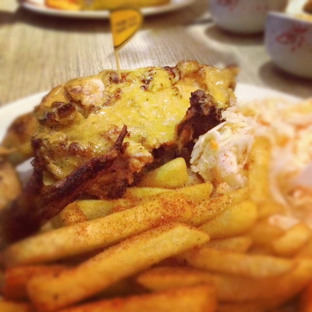 NANDOS AT IKANO POWER CENTRE! QUARTER CHICKEN