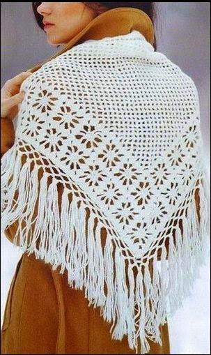 Chal triángulo crochet