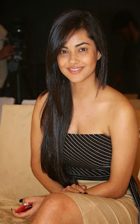 Actress Meera Chopra Pictures in Short Skirt at Kingfisher Ultra Hyderabad International Fashion Week 2014  32.jpg
