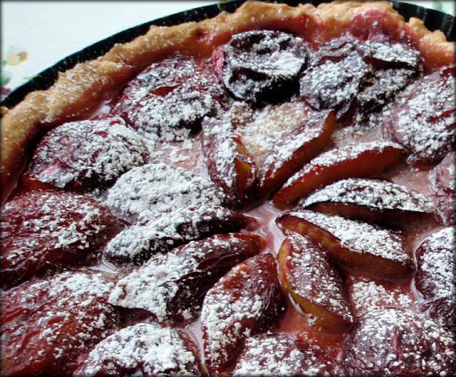 tarta ze śliwkami, przepis na tartę śliwkową, tarta z owocami
