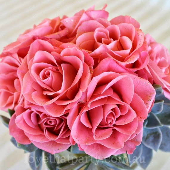 Gilded Glitter Roses - perfect for New Years Eve! www.lovethatparty.com.au