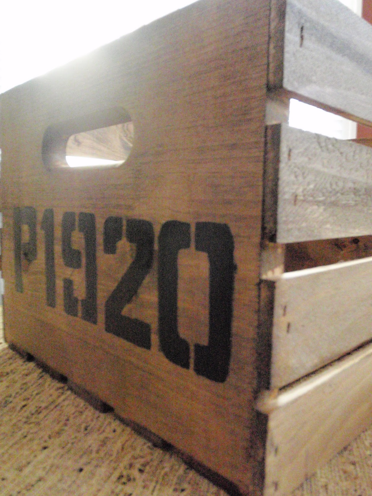 how to make a wood crate look vintage