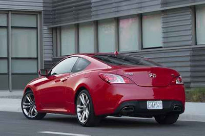 2011 Hyundai Genesis Coupe rear