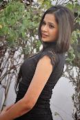 Kruthika Singhal glamorous photos-thumbnail-3