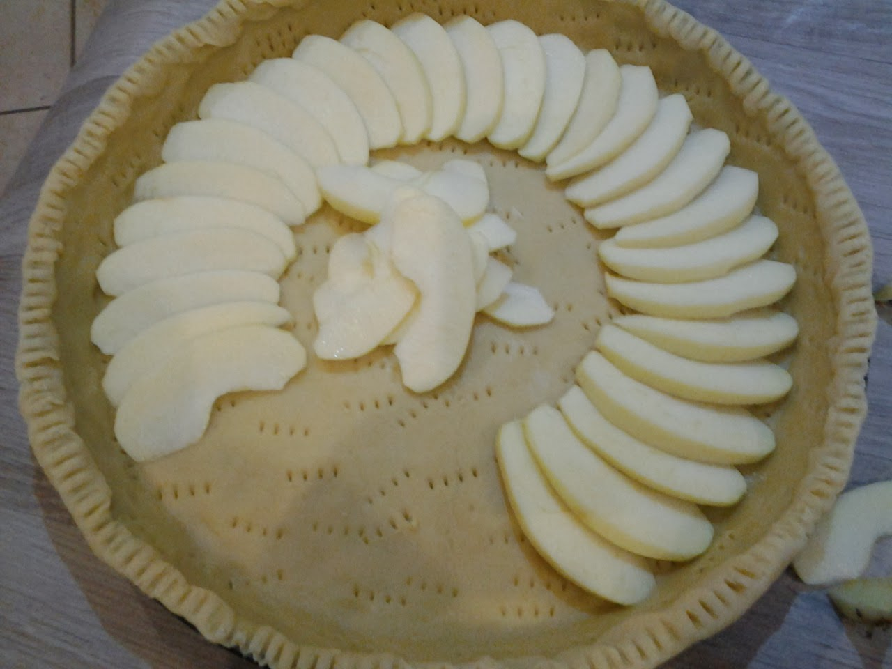 Mire de vie tarte aux pommes l 39 alsacienne - Couper des pommes en lamelles ...