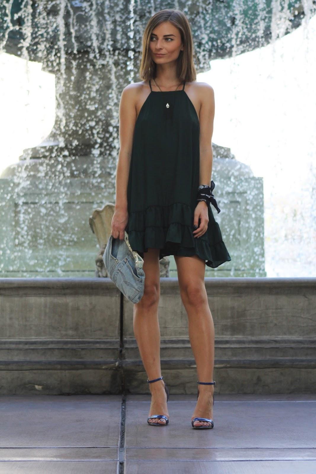 WEARING A GREEN DRESS IN LAS VEGAS | What Vero Wears