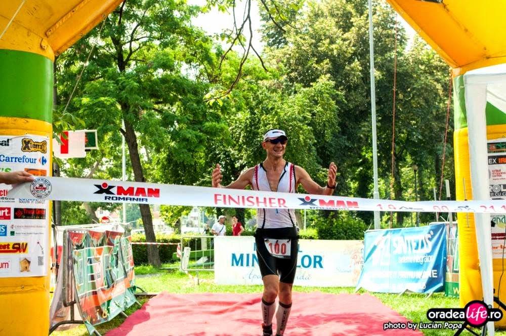 Povestea de viaţă a lui Mugur Frăţilă. Cum să-ţi faci timp pentru alergare, triatlon, familie şi serviciu