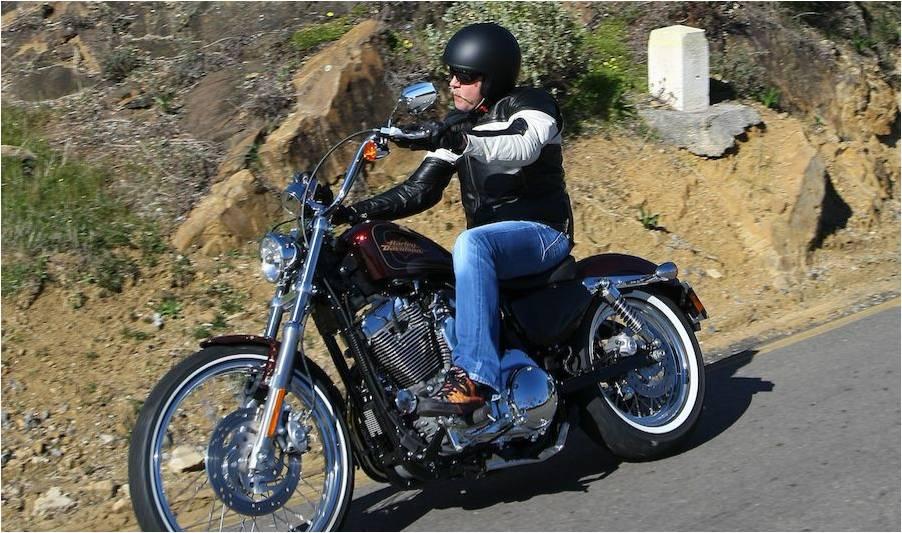 Harley Davidson Sportster XL1200V 72