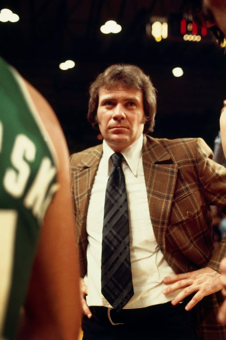 Tommy Heinsohn reelected to Hall of Fame Fitch White among