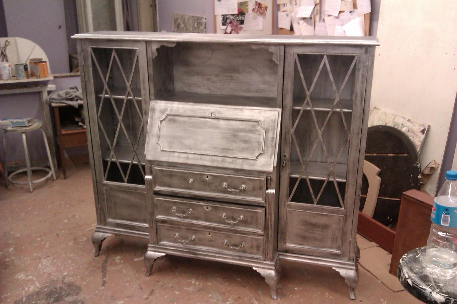 Tienda de muebles candini venta y restauraci n vitrina plata envejecida - Muebles pintados en plata ...