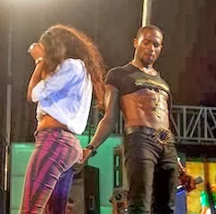 Dbanj-Touches-Lady-dancer-butts-Yansh