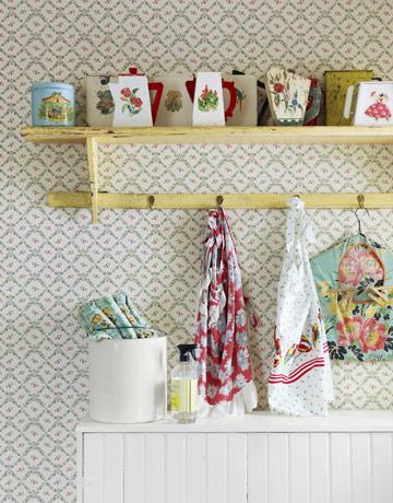 laundry room retro wallpaper - photo #11