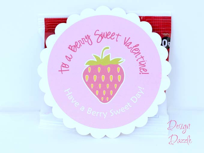 Quick and easy – attach the Valentine label directly to strawberry ...
