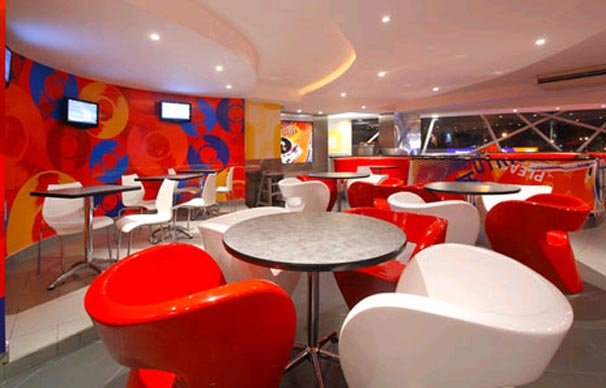 Red color combination for modern interior restaurant design