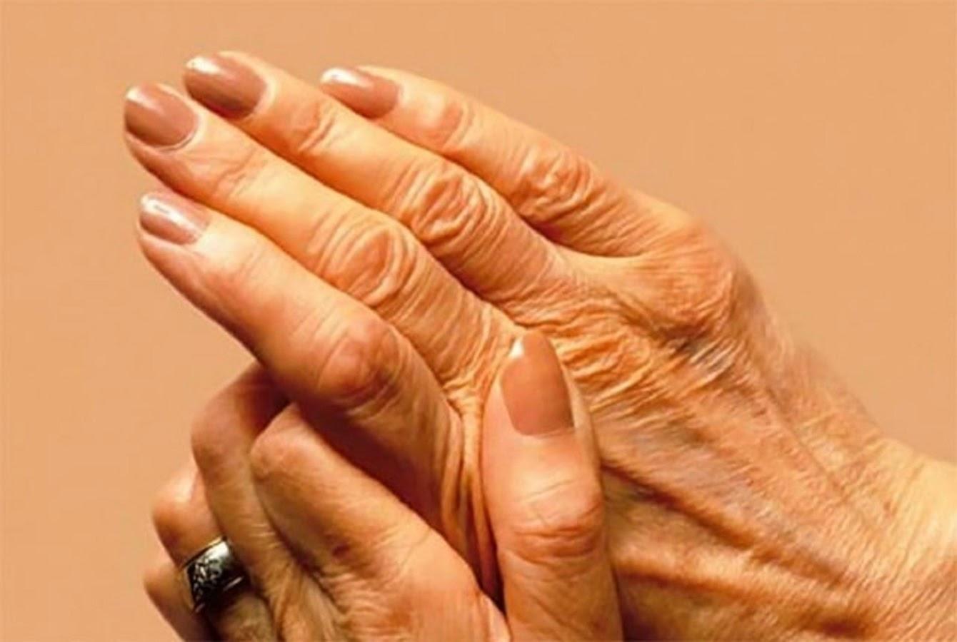 πόνοι στις αρθρώσεις