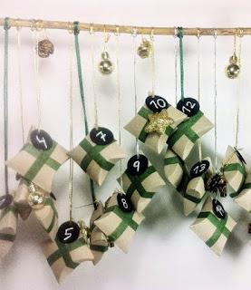http://www.tuteate.com/2013/11/13/prepara-un-calendario-de-adviento-con-rollos-de-papel-wc/