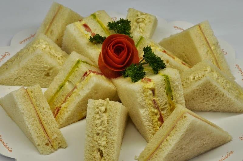 Bocaditos Salados, Sandwichs Tricolor