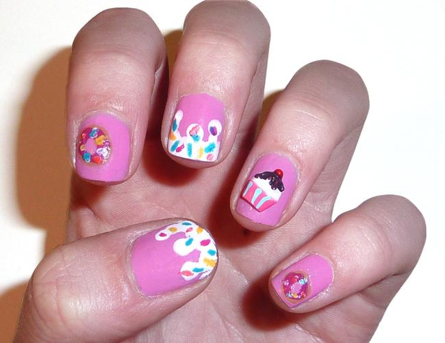 Sophie Jenner Doughnuts Cupcakes Nail Art