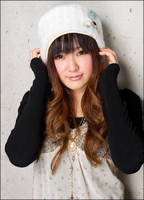 Kana Hanazawa mejor Seiyuu anime 2011