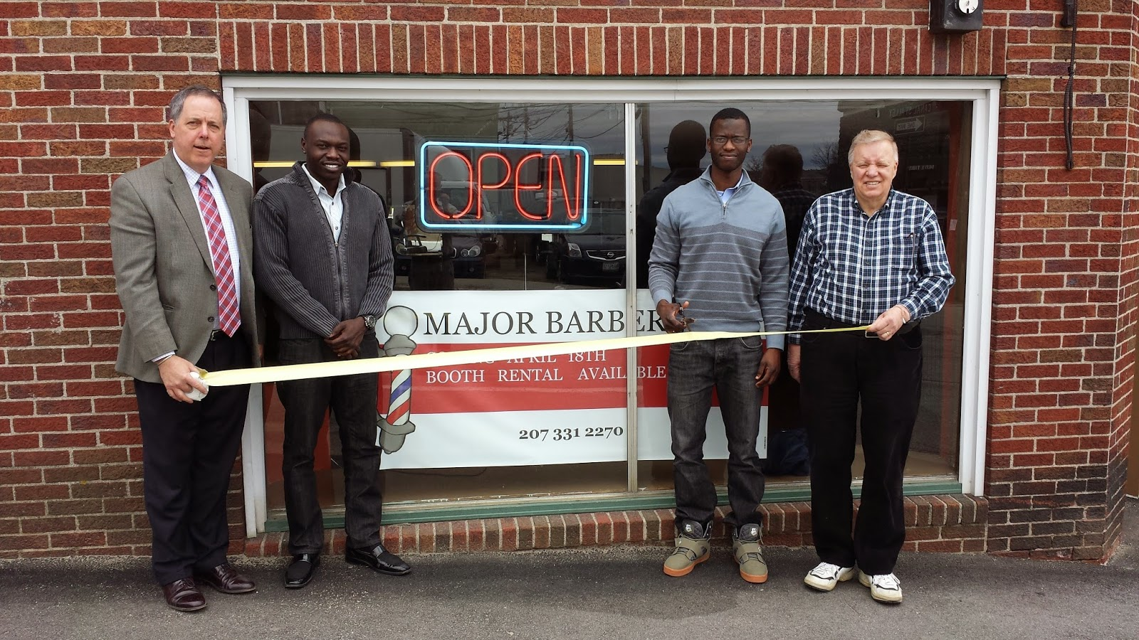 Barber Shops Open : ... News: Lewiston Mayor Enthusiastic About New Downtown Barber Shop